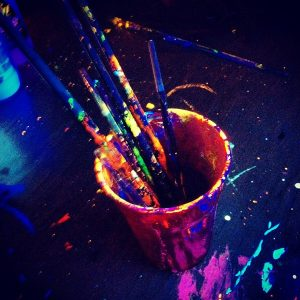 WPL: Black Light Sensory Play Stations
