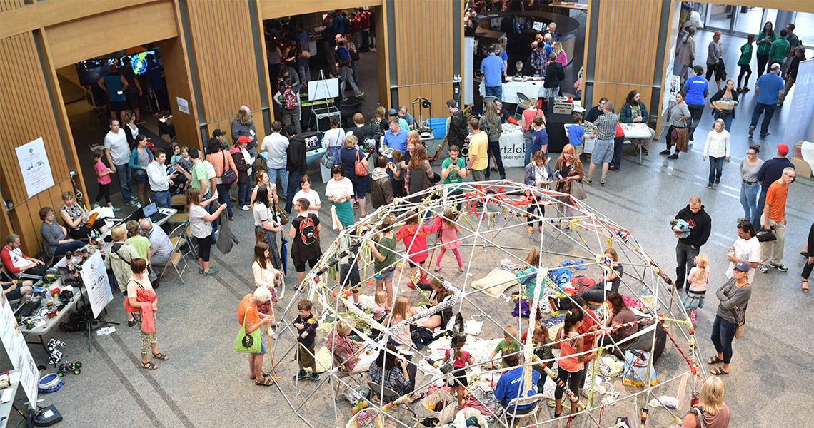 maker-expo-2015-rotunda